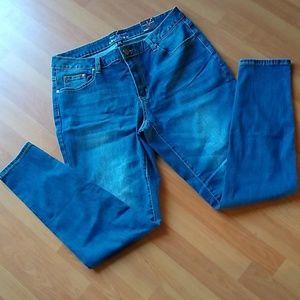 Ashley Stewart Flawless Skinny Jeans 16 reg NWT